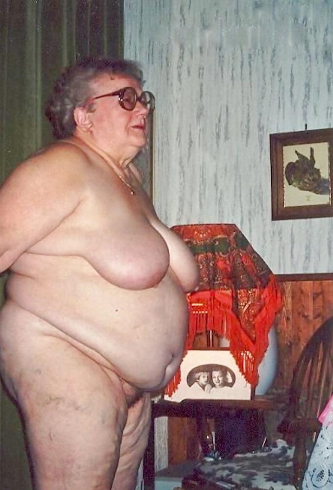 Бабки Толстые Голые Стриптиз