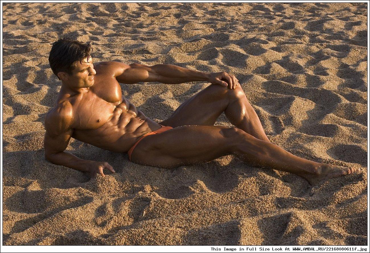 Голые Маленькие Писюны На Диком Пляже Видео