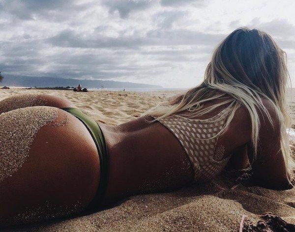 Супер Аппетитные И Голые Попы На Пляже