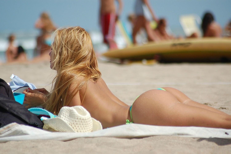 Голые На Пляжах Испании