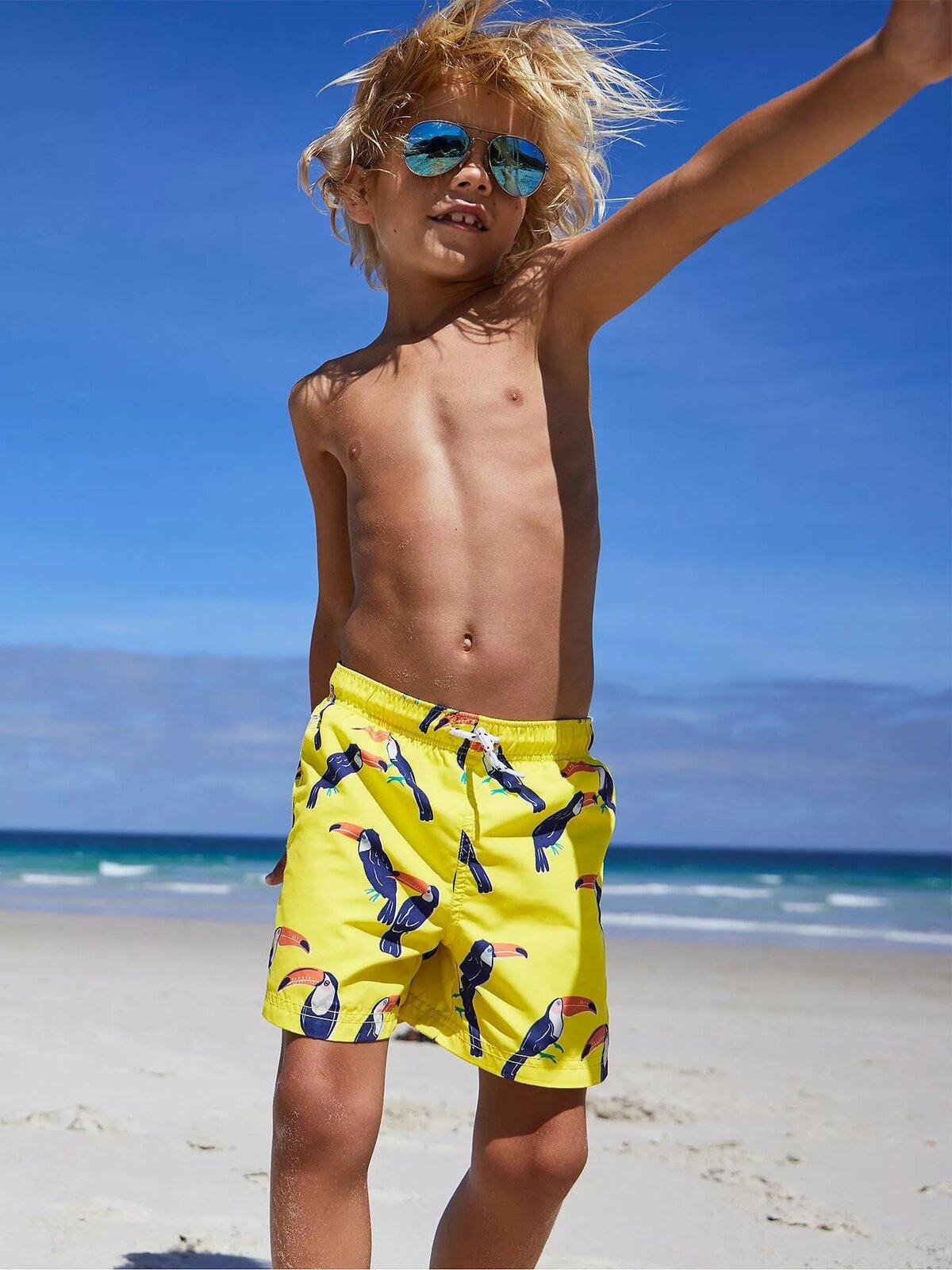 Мальчик Голый 12 Лет На Пляже