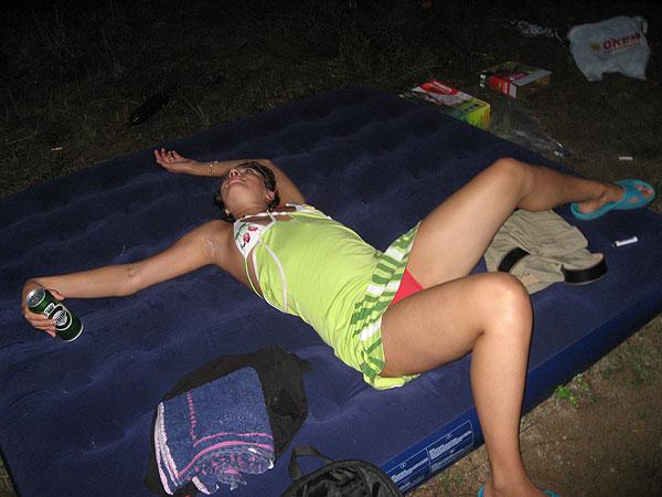 Пьяная Жена Друга Спит Голая