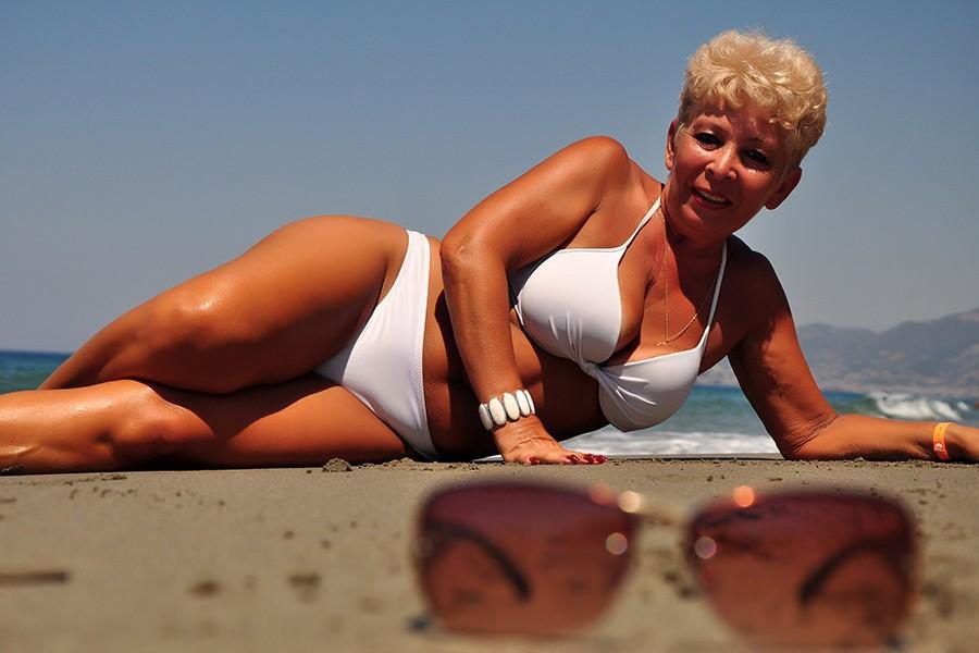 Старые Голые Бабы На Пляже