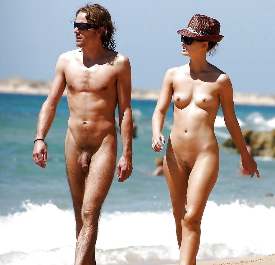 Голые Пары На Пляже