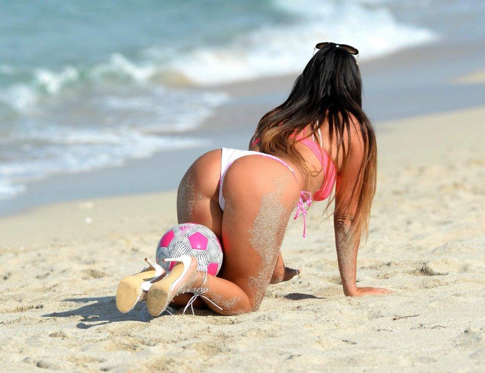 Голые Бабы Раком На Пляже
