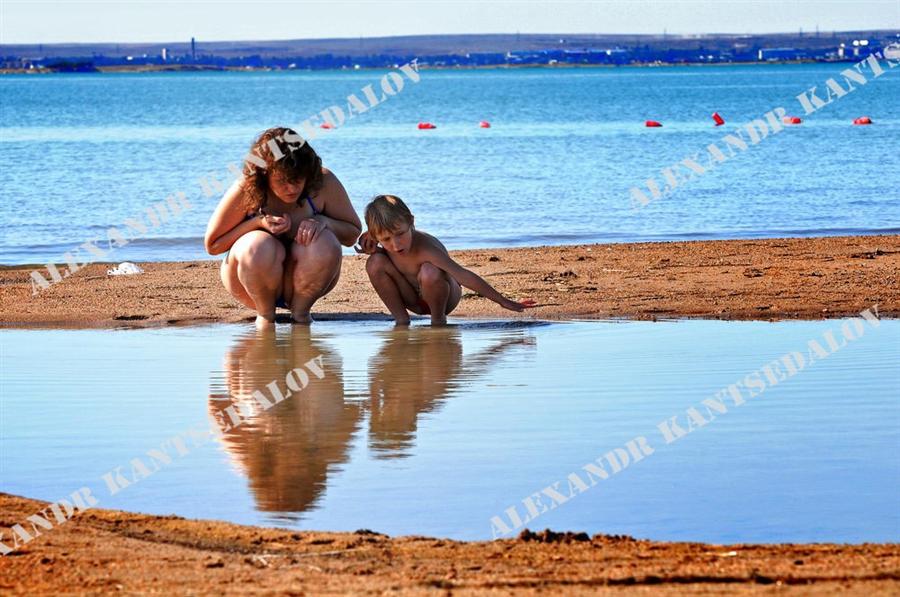 Фото Голых Мама И Сынок Нудисты