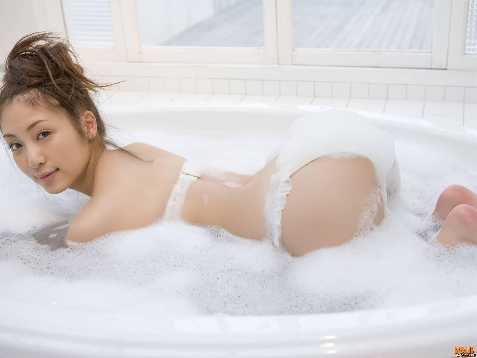 Голая В Ванной 18