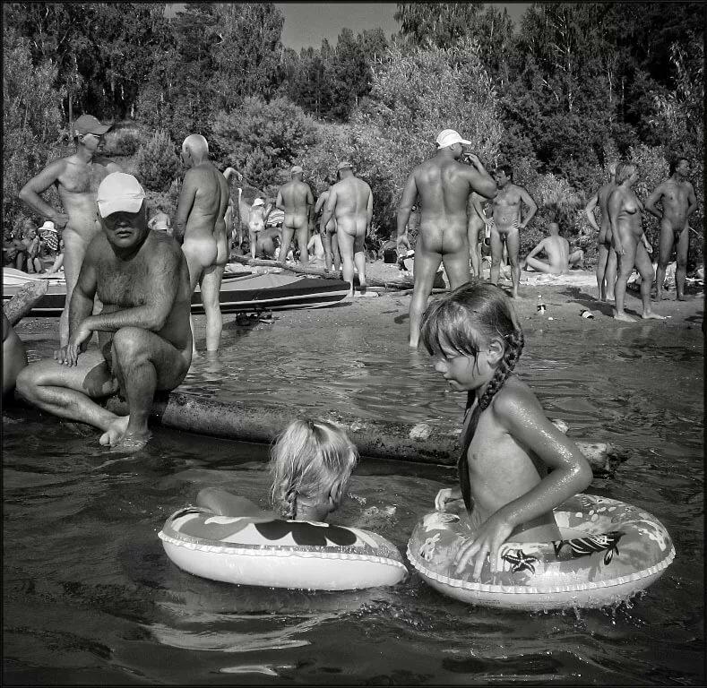 Фотки Голых Семейных Нудистов