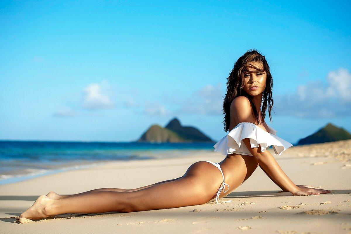 Голые Ножки На Пляже