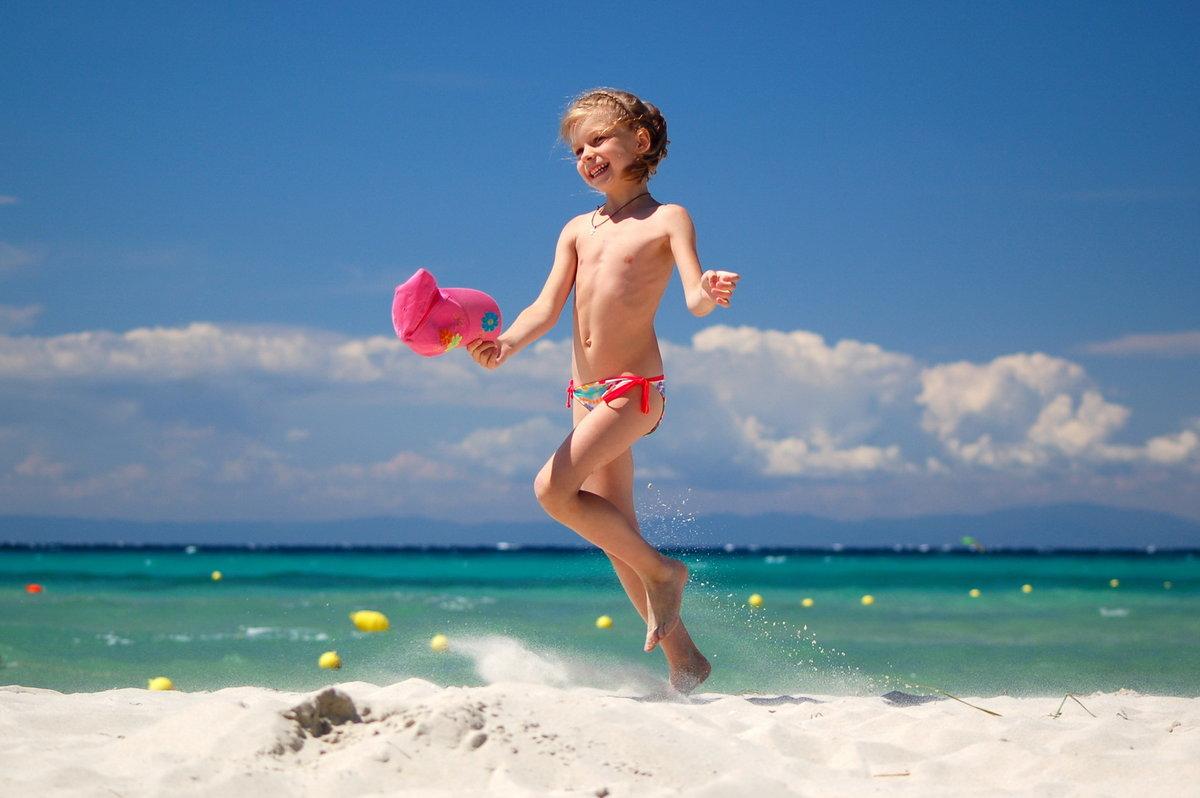 Юная Голая Девочка На Море