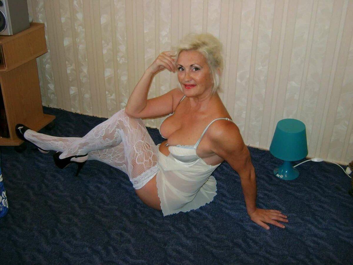 Баба Голая Настоящая Фото
