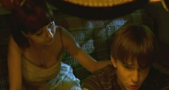 Маленький Мальчик Трогает Голые Сиськи