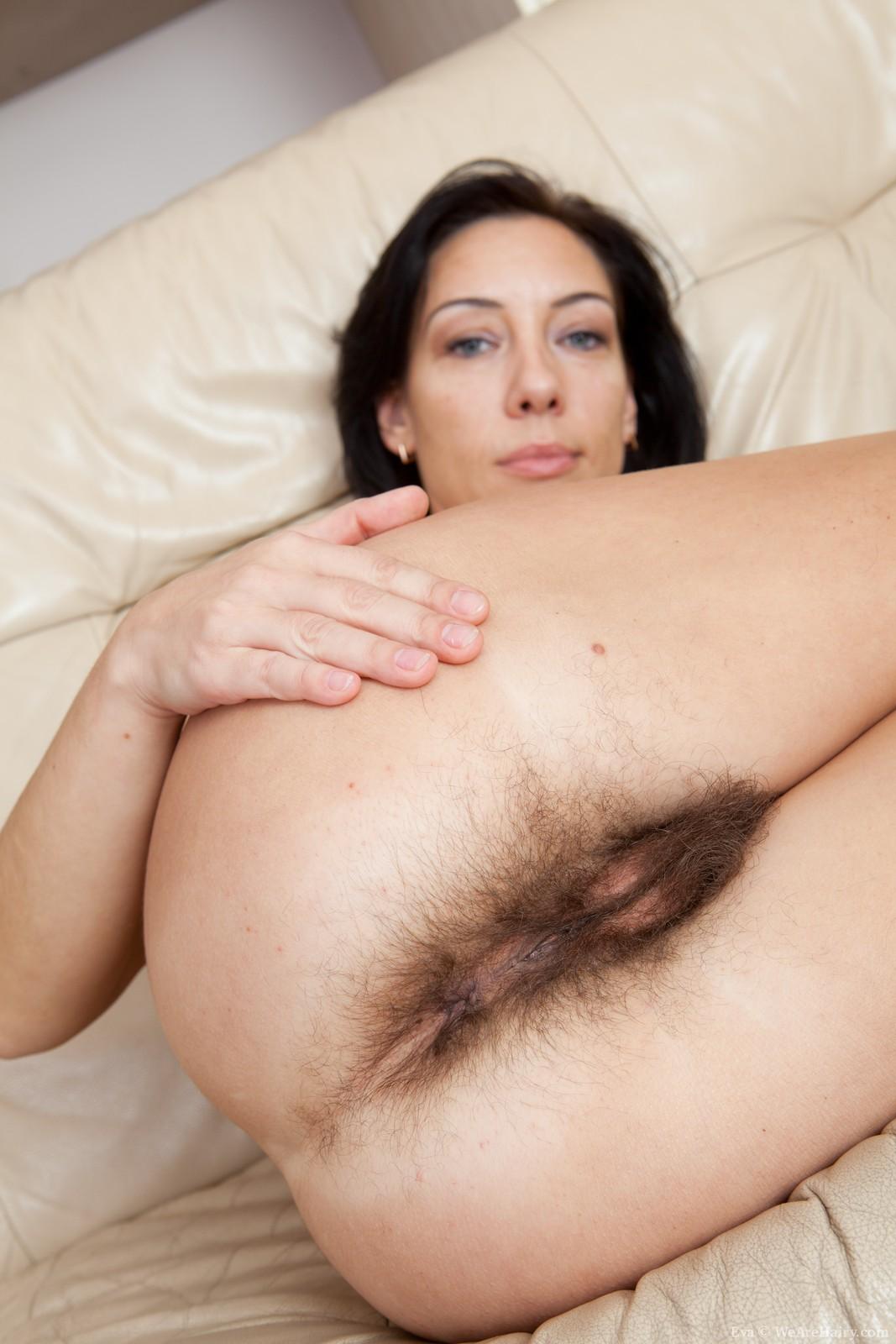 Голые Женщины С Большой Жопой Волосатой Пиздой