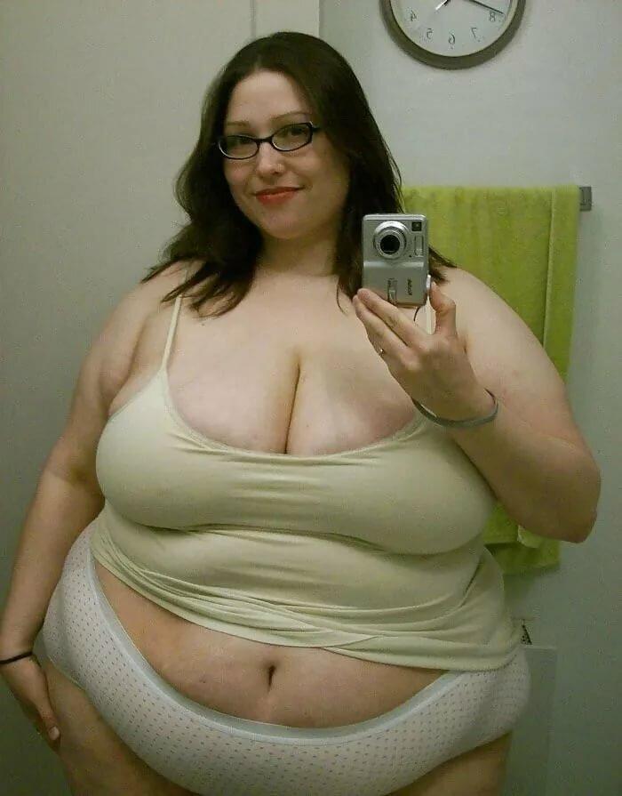 Голые Толстые 45