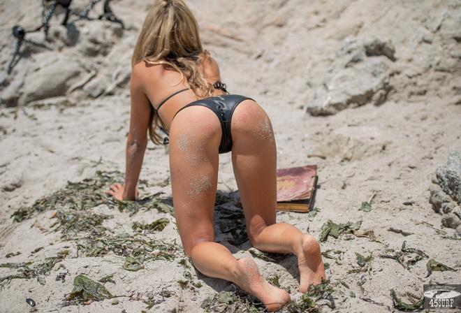 Украинские Голые На Пляже
