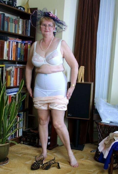 Голые Волосатые Бабки Фото