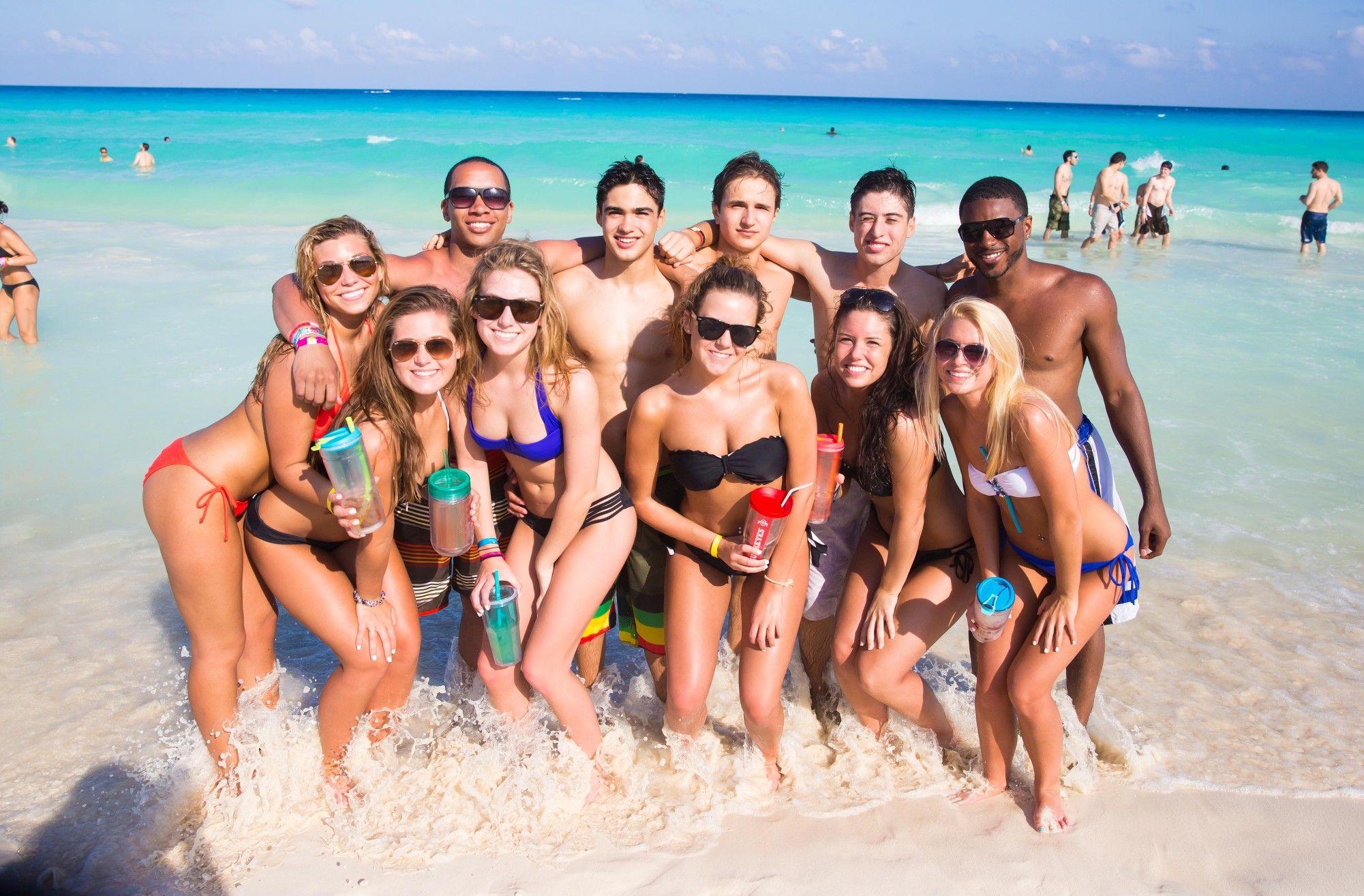 Голая Вечеринка На Пляже