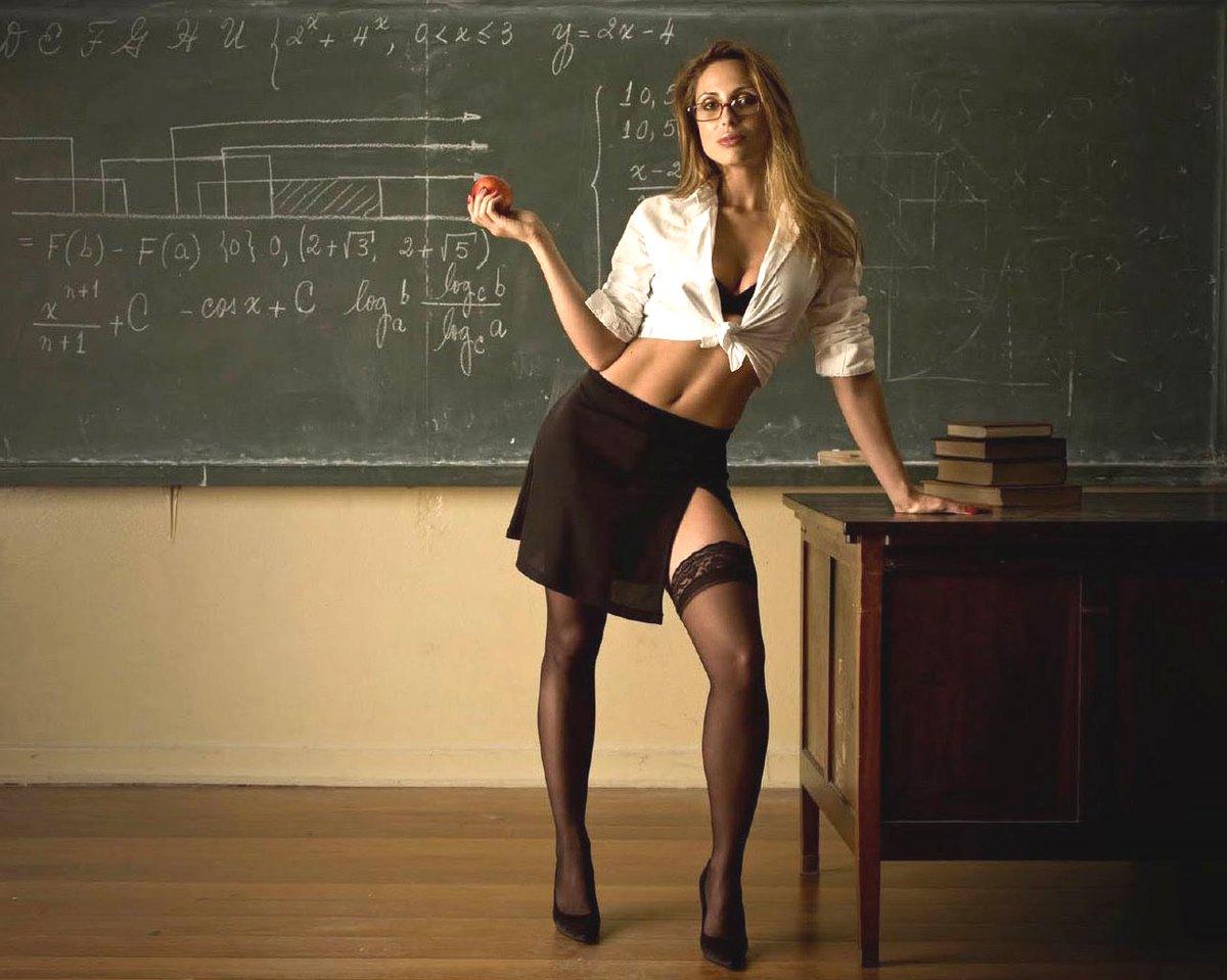 Картинка Голая Учительница