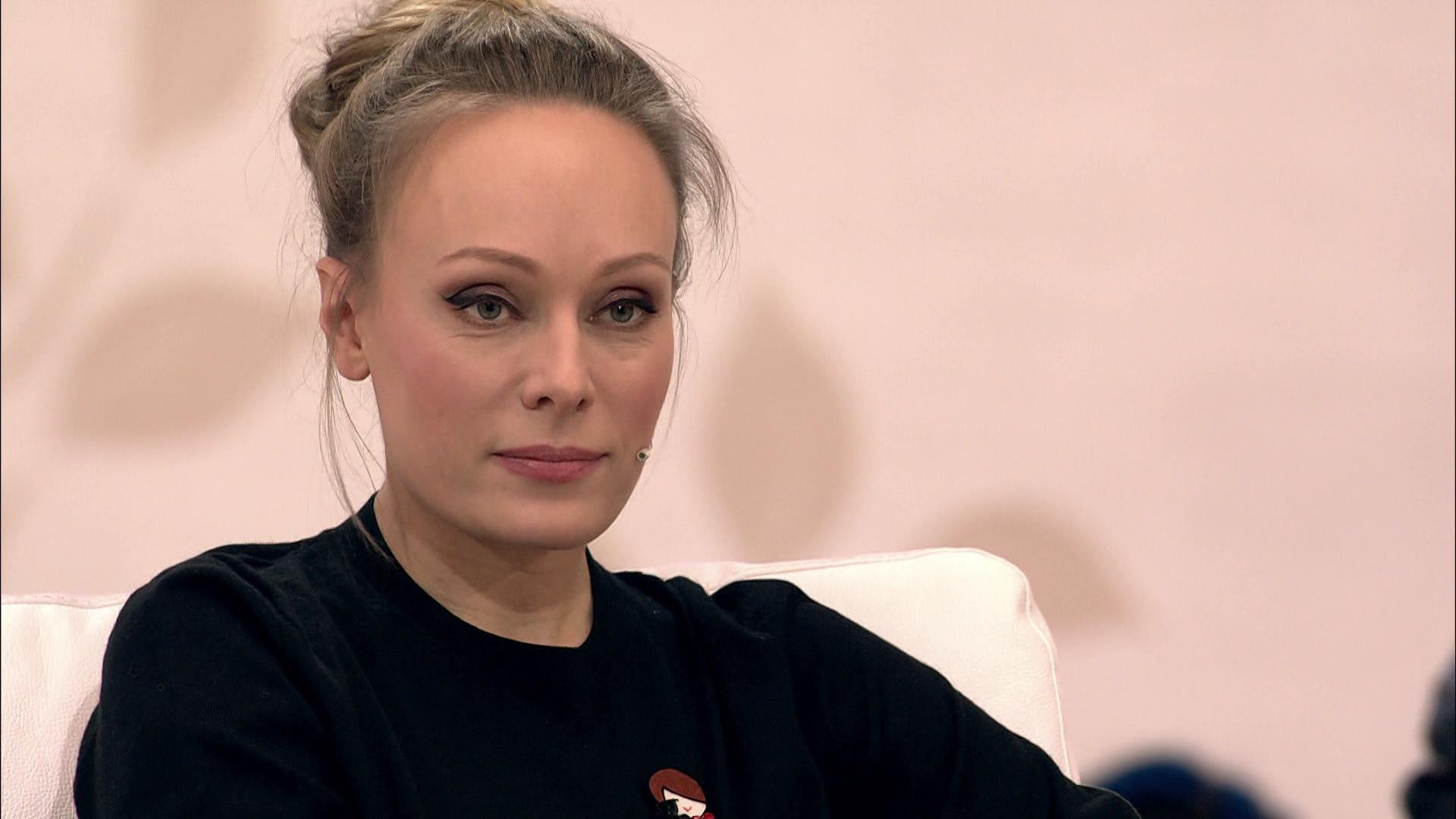 Голая Ольга Олеговна Ломоносова