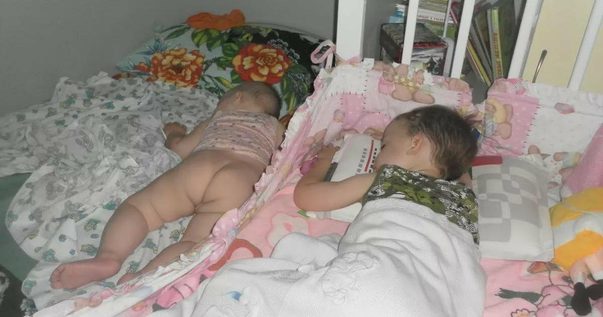 Бесплатно Спящие Голые Мамы
