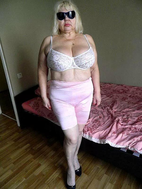 Бабушка Старая Толстая Голая