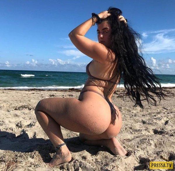 Девушки С Пышными Формами Голые На Пляже