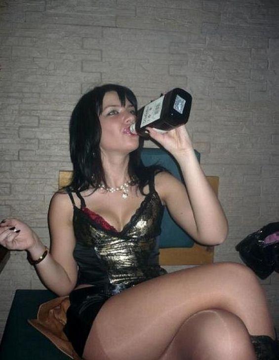 Пьяный Диалог Русских Голых Шлюх