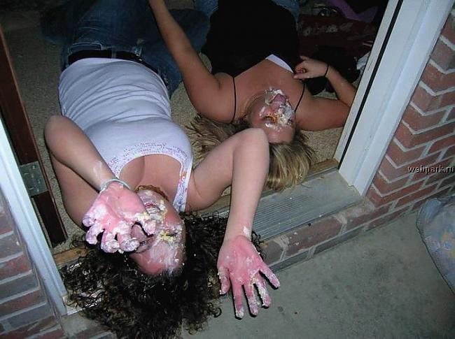 Подборка Пьяных Голых Баб