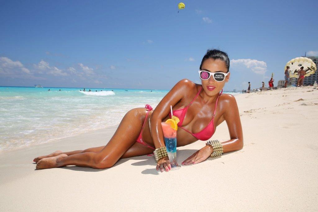 Голая На Пляже Куба