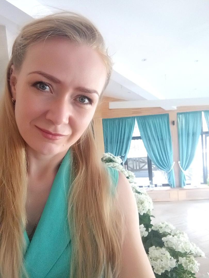 Голая Ольга Никонова