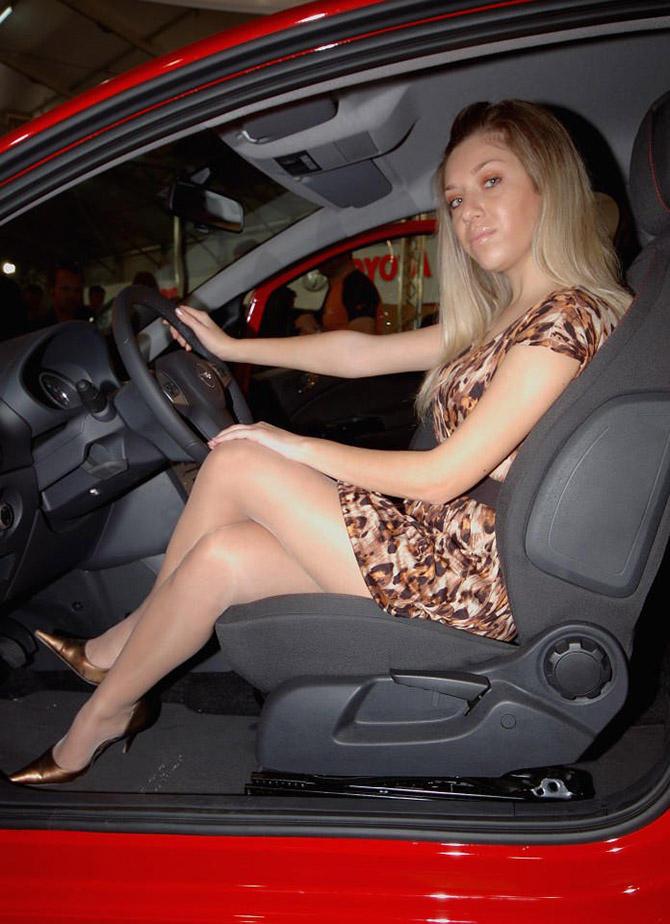 Голая Жена В Машине Частное Фото