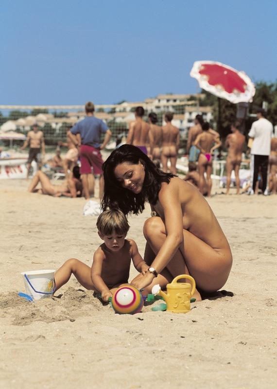 Голые На Пляжах Болгарии