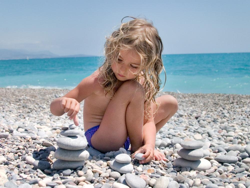 Голые Очень Молодые На Пляже
