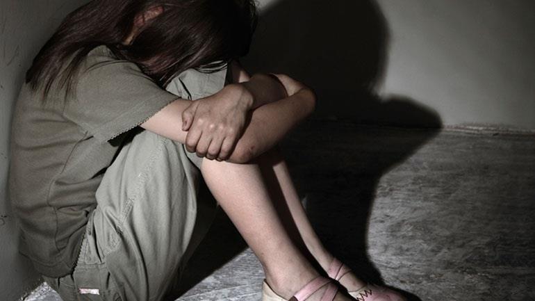 Изнасилование Голых Подростков