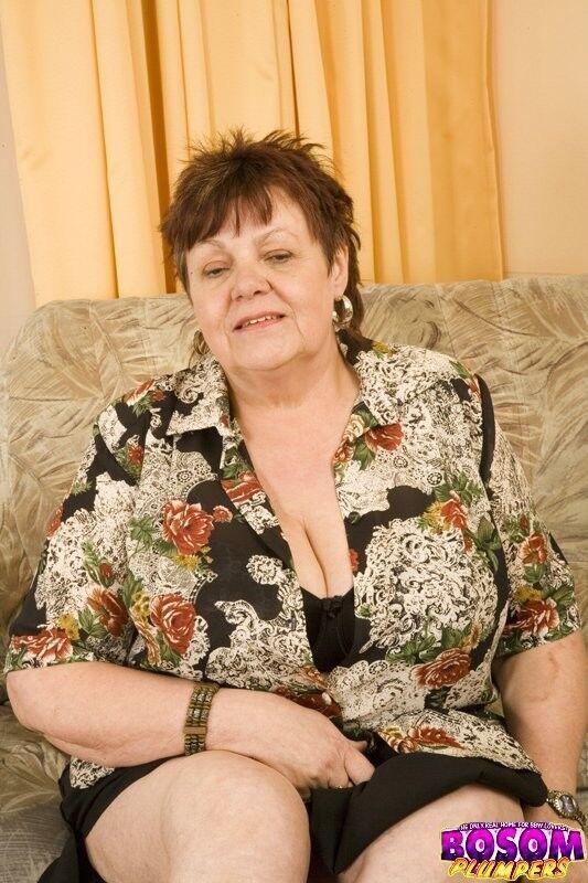 Толстая Голая Бабушка Трахается